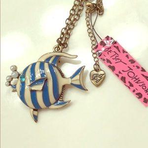 🌺 Blue Striped Bubble Fish Pendant Necklace